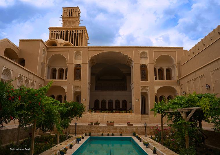 Abarkooh_Aghazadeh_house